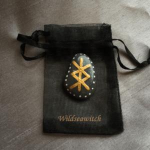 Protection Bind Stone Amulet